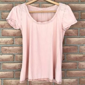 Urban Outfitters size M pale peach tee